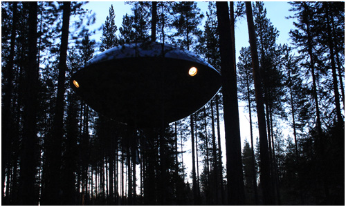 Treehouse, Sweden - UFO