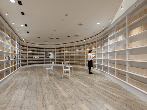 Starbucks Tokyo Pop-up Shop by Nendo