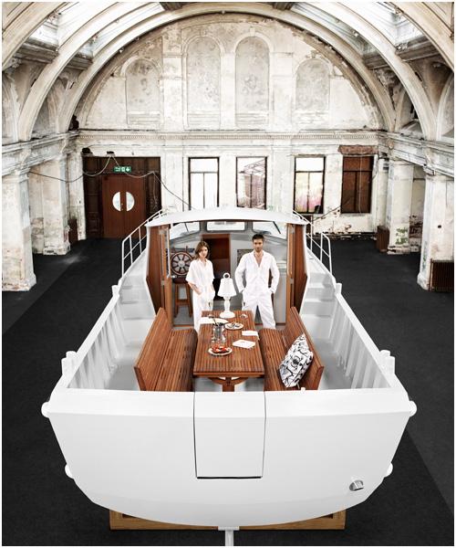 Firmship 42 luxury boat full view