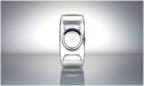 Tokujin Yoshioka designed O Watch for Issey Miyake watch project