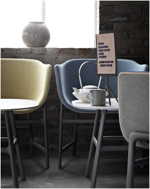 Minuscule Chair by Cecile Manz for Fritz Hansen